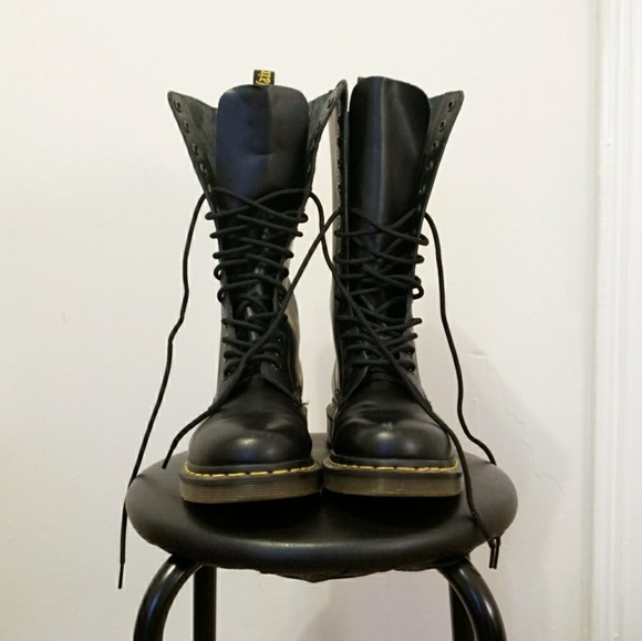 c45cd812b5 Dr. Martens Shoes - Dr. Martens 1914 Smooth Boot